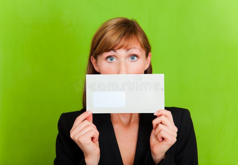 Correo del despido del sobre de la carta imágenes de archivo libres de regalías