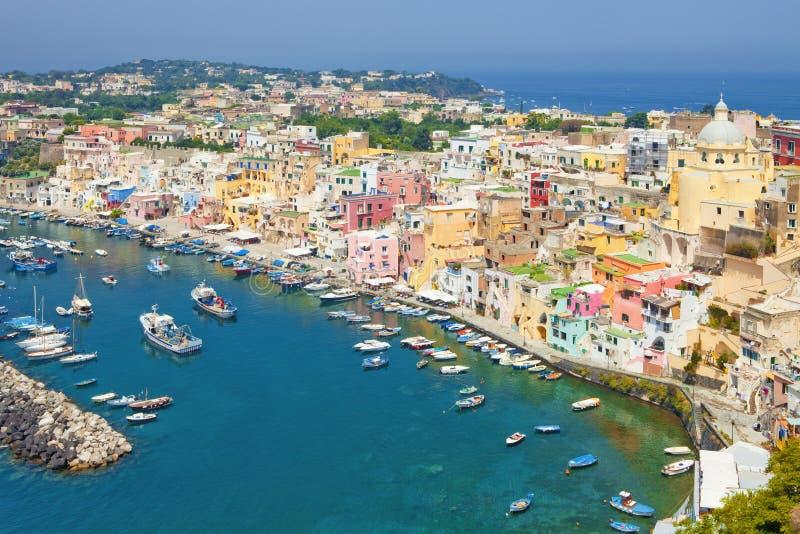 Corricella, Procida Insel, Italien lizenzfreie stockfotos