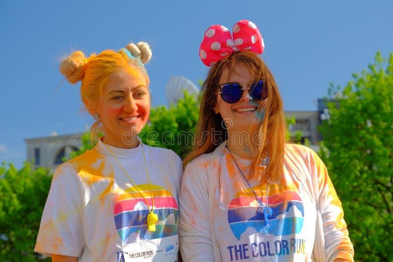 A corrida 2017 da cor em Bucareste, Romênia imagem de stock