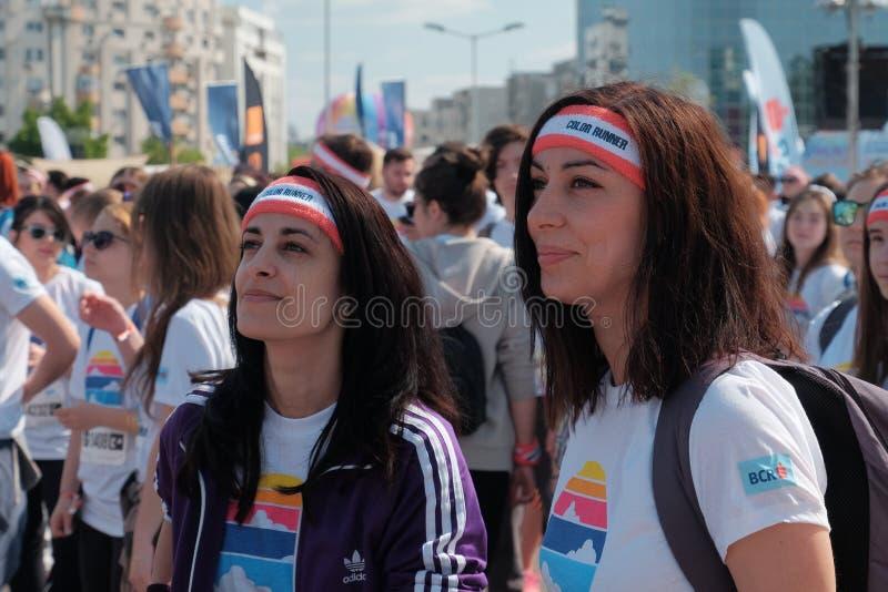 A corrida 2017 da cor em Bucareste, Romênia imagens de stock