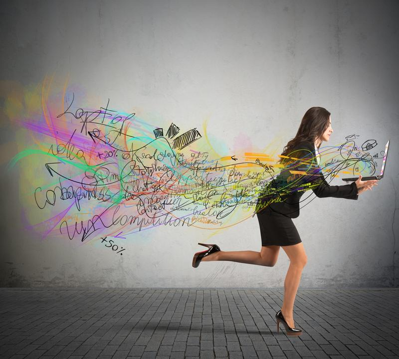 Corrida das mulheres de negócios imagem de stock royalty free