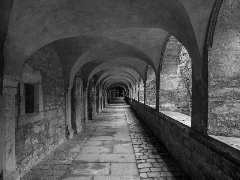 Corridoio in cattedrale della città Hildesheim, Germania fotografia stock