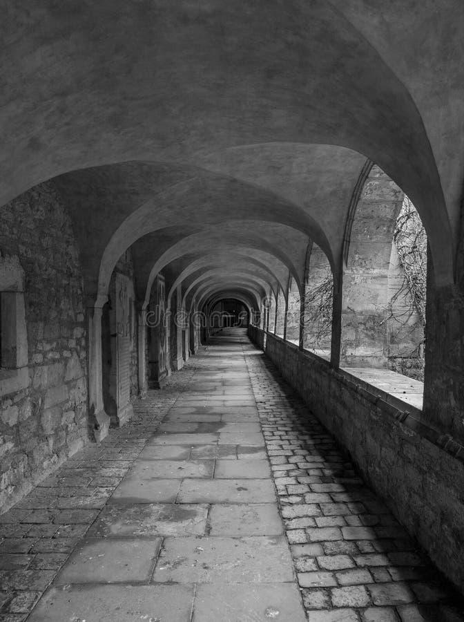 Corridoio in cattedrale della città Hildesheim, Germania fotografia stock libera da diritti