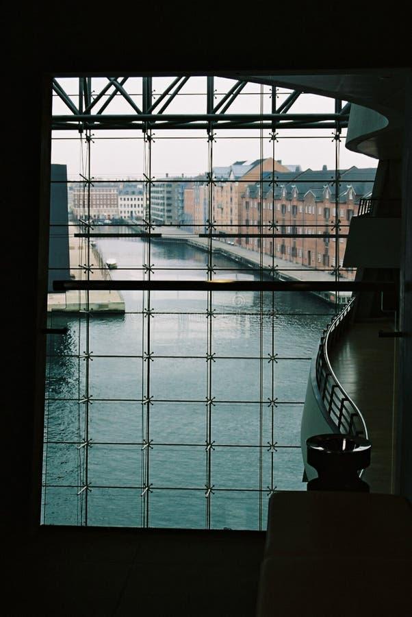 Corridoio con una vista fotografia stock