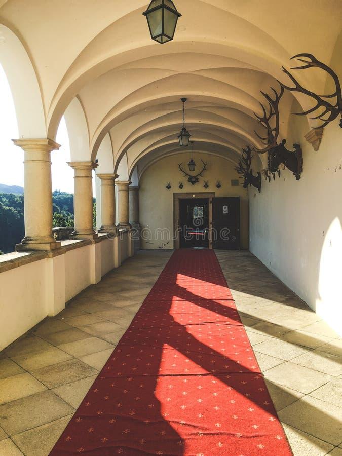 Corridoio del castello - castello di Trakoscan, Croazia fotografia stock