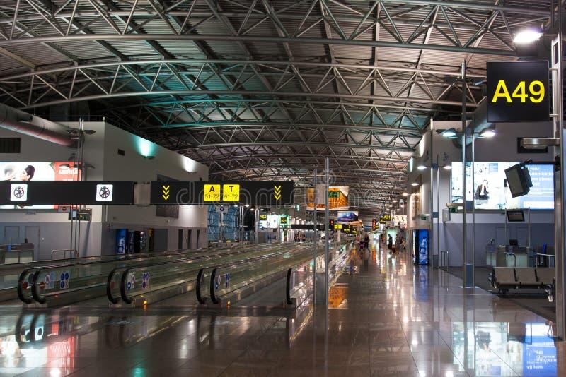 Corridoio dell'aeroporto di Bruxelles fotografia stock