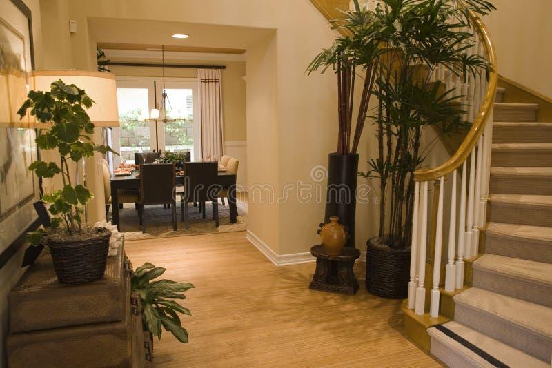 Corridoio domestico di lusso. fotografia stock libera da diritti