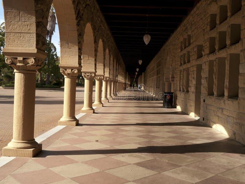 Corridoio lungo a Stanford immagini stock