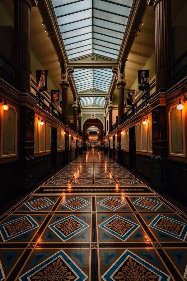 Corridoio in National Portrait Gallery, all'americano Art Museum di Smithsonian in Washington, DC immagine stock libera da diritti