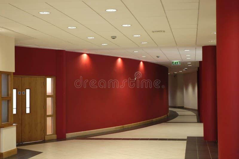 Corridoio rosso fotografie stock