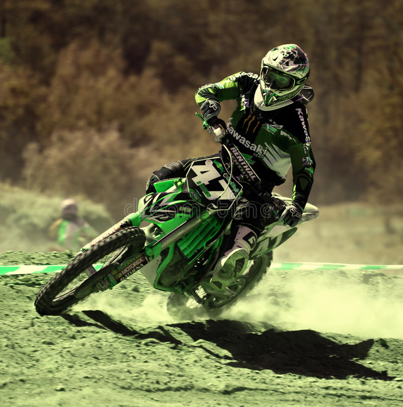 Corridore di motocross. fotografia stock