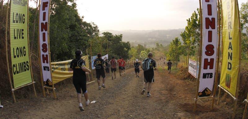 Corridori della traccia di maratona fotografia stock libera da diritti