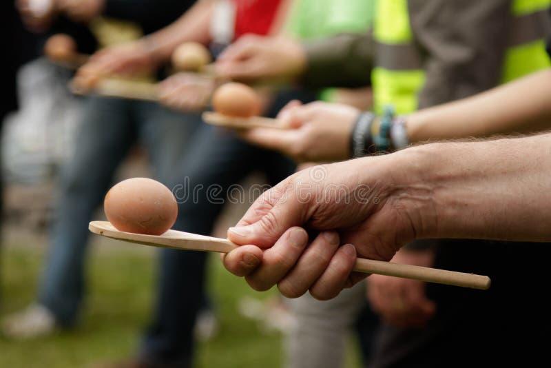 Corsa del cucchiaio e dell'uovo fotografia stock