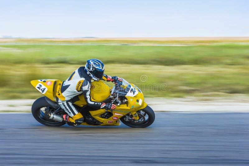 Corsa del motociclista fotografia stock