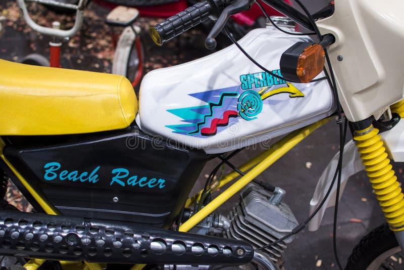 Corsa della spiaggia di Simson S53 del motociclo immagini stock