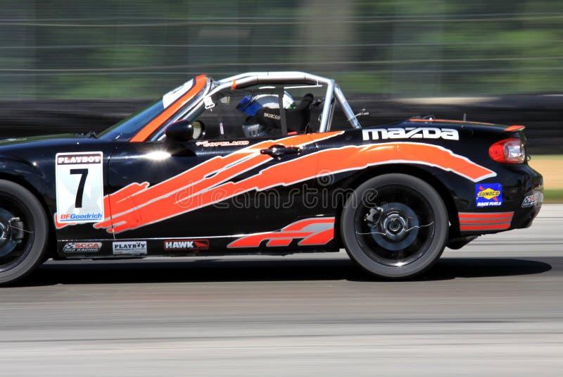 Corsa della tazza di Mazda MX-5 del playboy fotografia stock