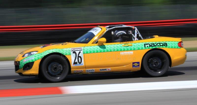 Corsa di Mazda Miata MX5 fotografia stock libera da diritti