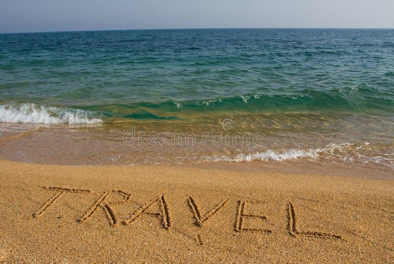 Corsa di parola sulla spiaggia. fotografia stock