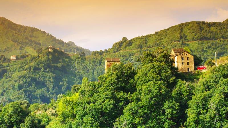 corsica gór wioska zdjęcia royalty free