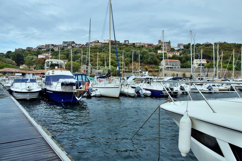 Corsica-haven in de stad Porto Vecchio stock fotografie