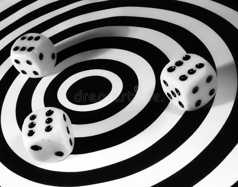 Download Corta foto de stock. Imagem de risco, espiral, arte, gambling - 68770