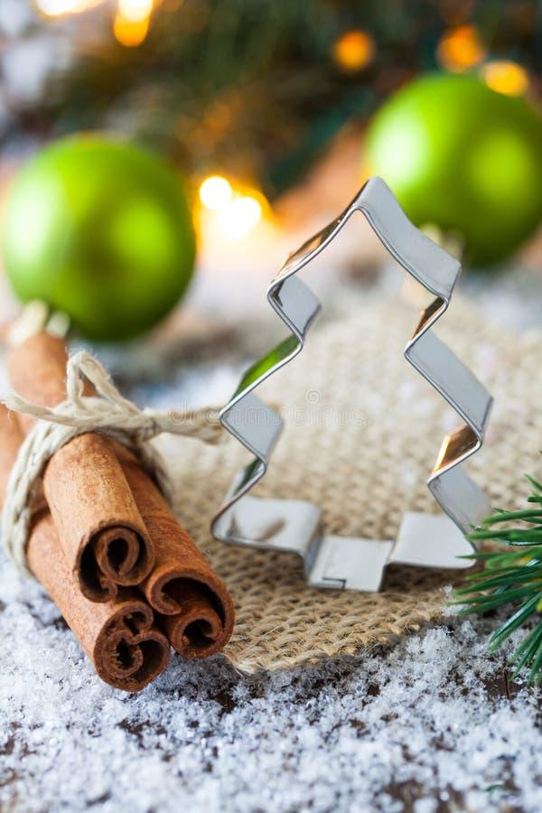 Cortador de la galleta para la Navidad fotografía de archivo