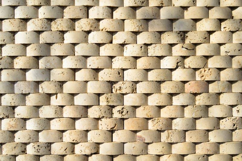 Cortar la pared de m?rmol beige, se aline? imagen de archivo libre de regalías