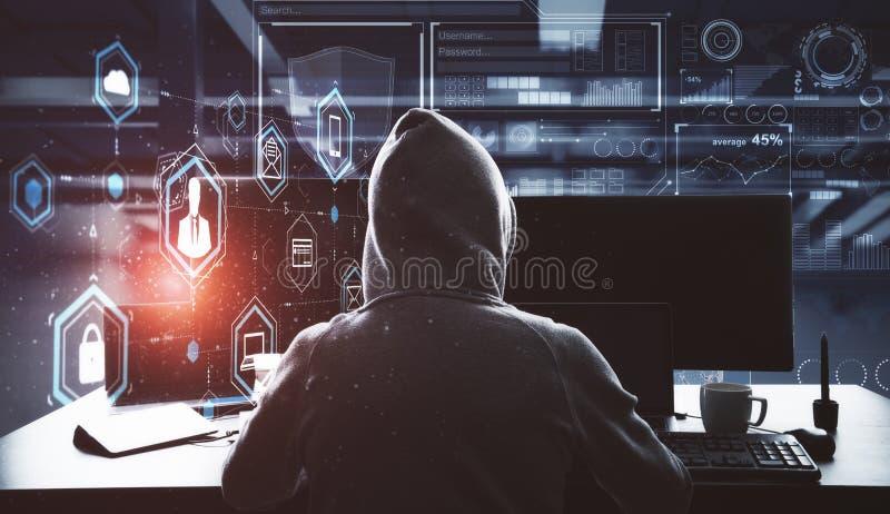 Cortar proceso con el pirata informático y los ordenadores foto de archivo