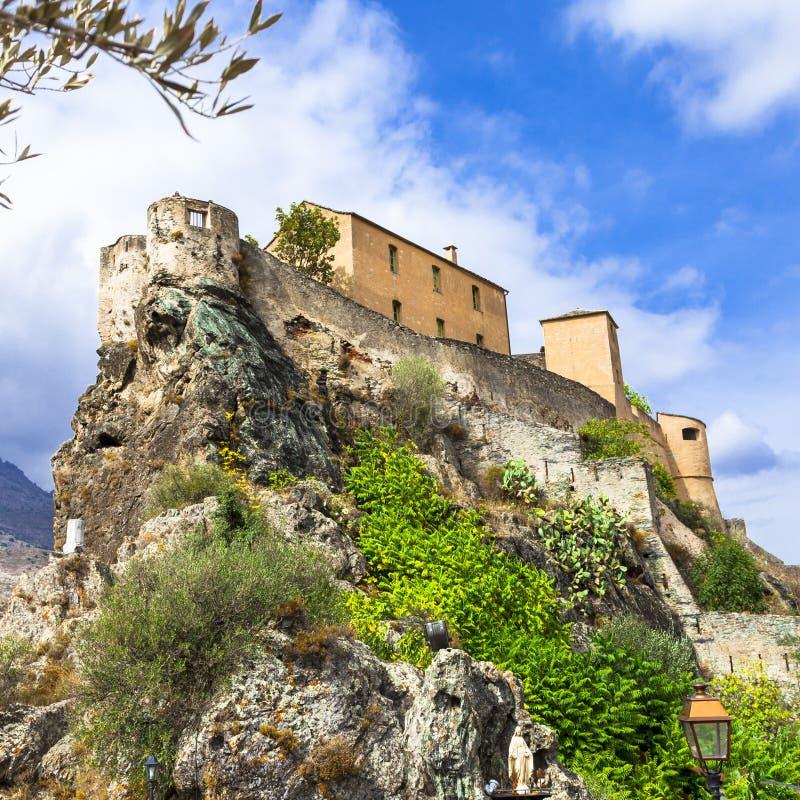 Corte -可西嘉岛,与城堡的看法 免版税库存图片