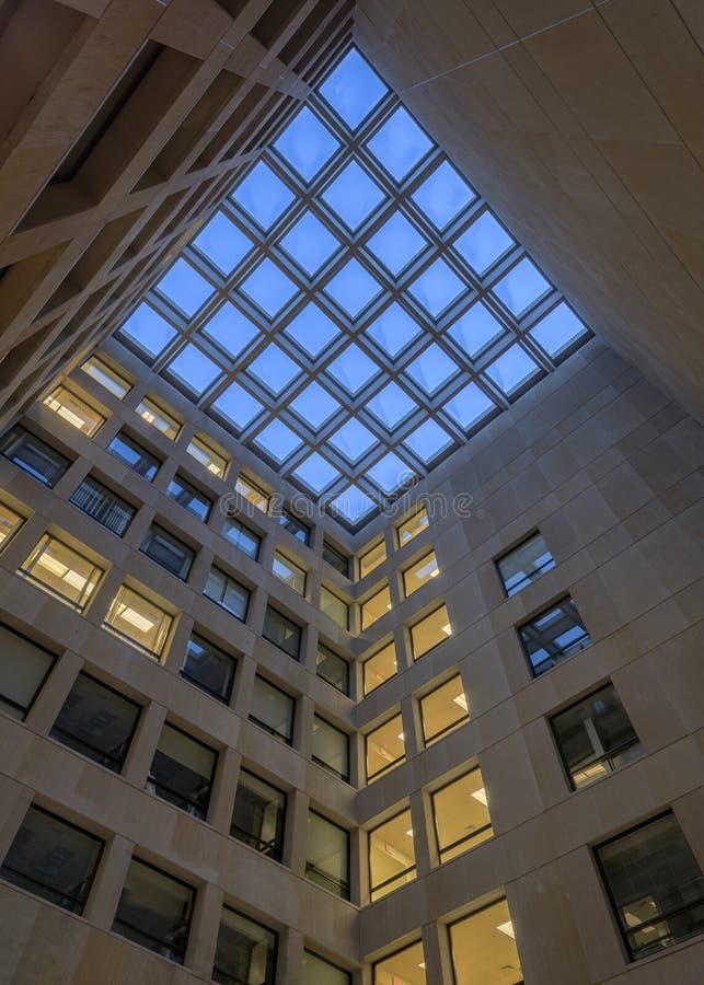 Corte del centro del edificio de la psicología fotografía de archivo