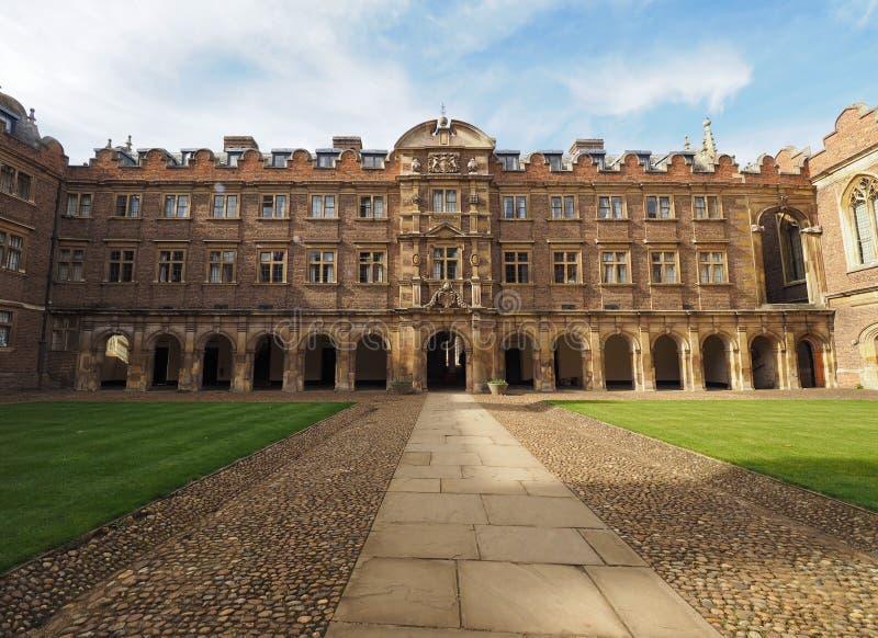 Corte dell'istituto universitario di St John terza a Cambridge fotografie stock