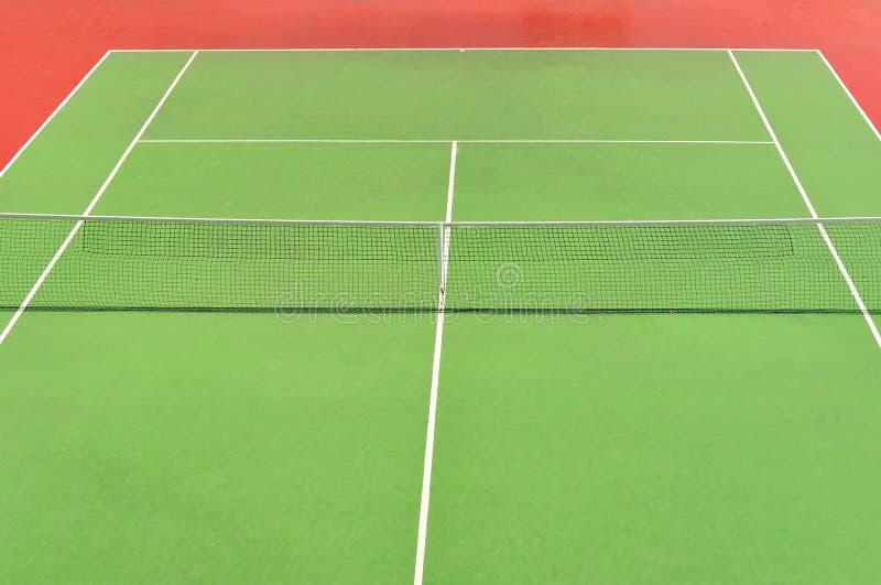 Corte di tennis rossa e verde fotografia stock libera da diritti