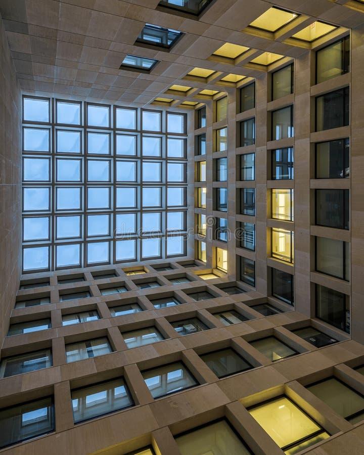 Corte do centro da construção da psicologia foto de stock royalty free
