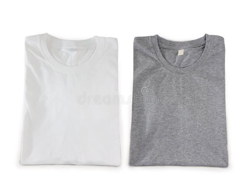 Corte dobrado dos di dos t-shirt no fundo branco Cor cinzenta e branca de Heather imagens de stock