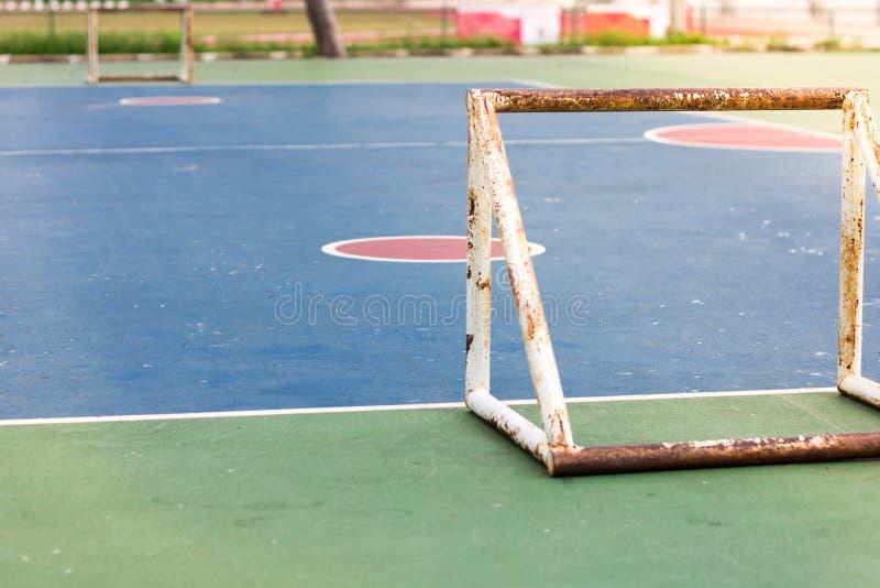 Corte futsal all'aperto pubblica all'aperto vuota immagini stock libere da diritti