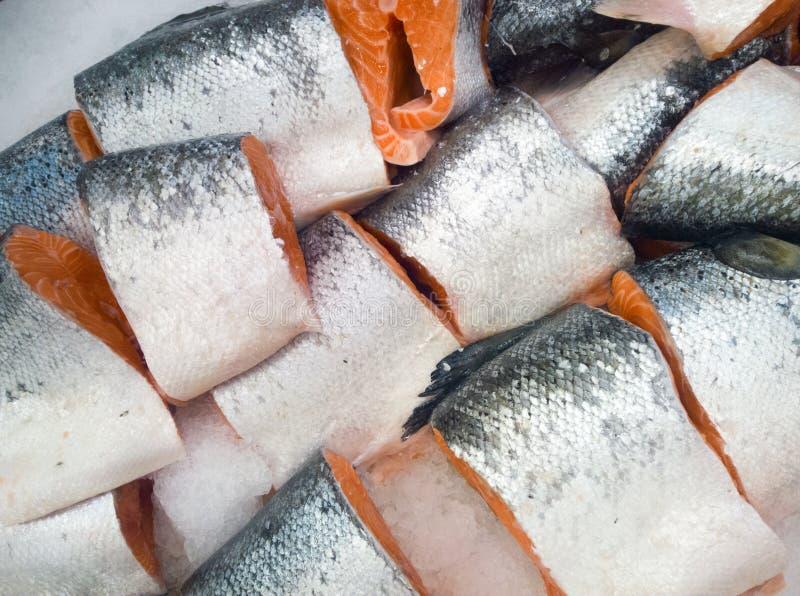 Corte los salmones foto de archivo