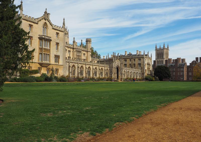 Corte nova da faculdade de St John em Cambridge foto de stock