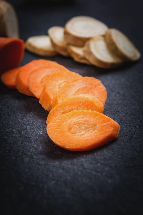 Cortes de la zanahoria foto de archivo libre de regalías