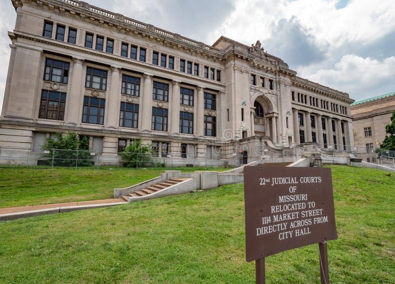 Cortes judiciales de Missouri en St. Louis - ST LOUIS, LOS E.E.U.U. - 19 DE JUNIO DE 2019 fotografía de archivo libre de regalías