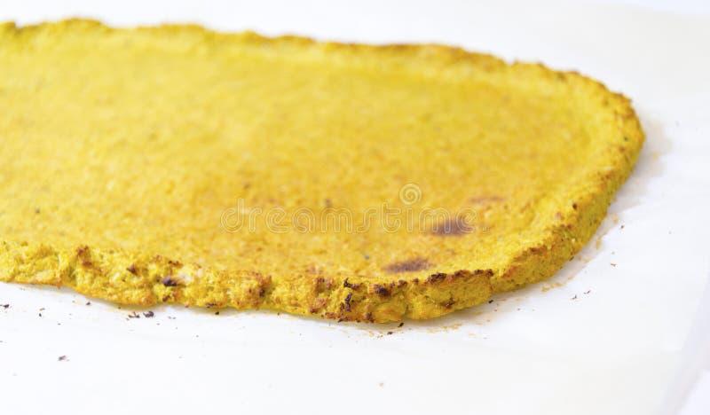 Corteza de la pizza de la coliflor fotografía de archivo