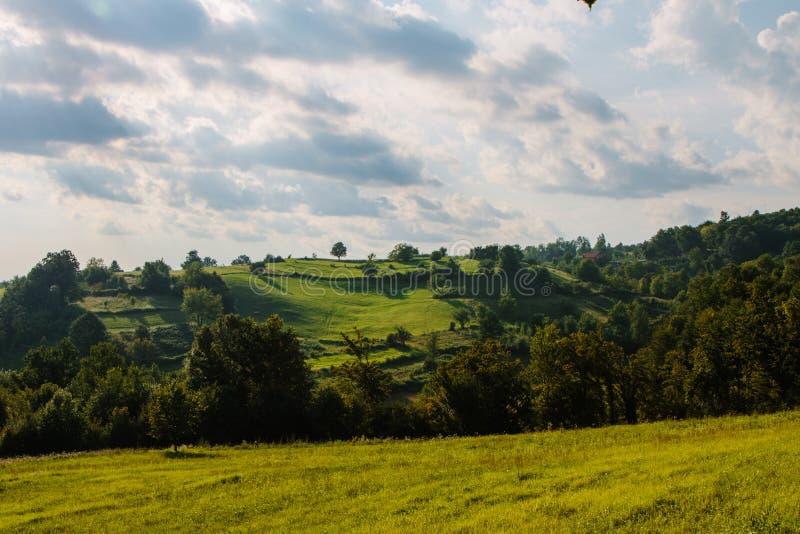Cortile che fa un'escursione in Caparde, Bosnia immagine stock libera da diritti