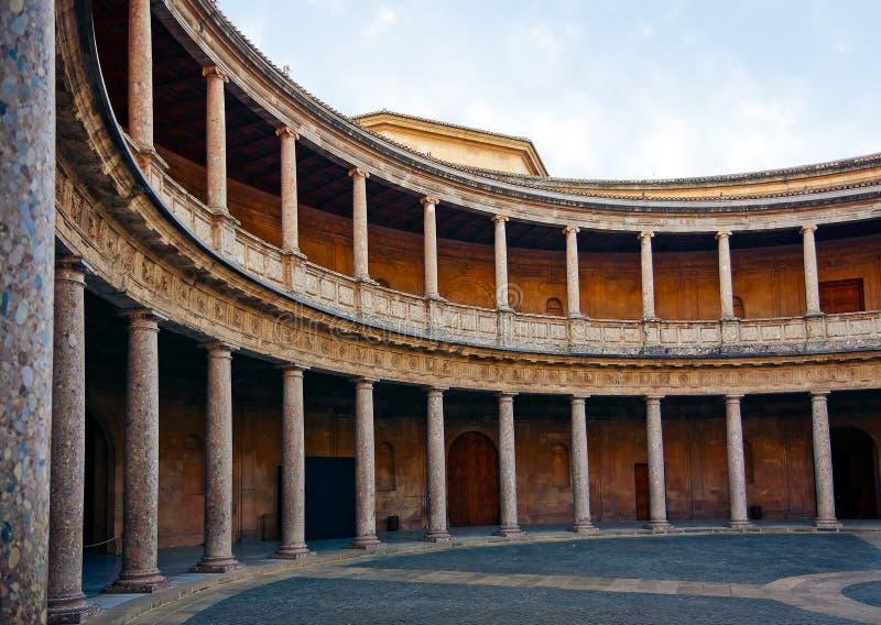 Cortile del palazzo di Charles V immagini stock libere da diritti