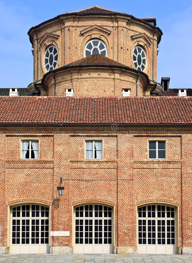 Cortile delle Carrozze von Reggia di Venaria Reale (Royal Palace) nahe Turin stockbild