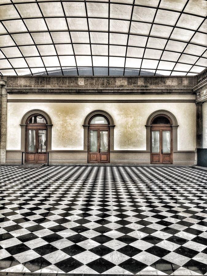 Cortile interno coperto al castello di Chapultepec in Città del Messico immagine stock libera da diritti