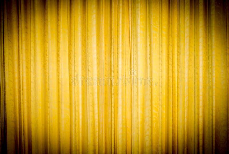 Cortina amarilla fotos de archivo libres de regalías