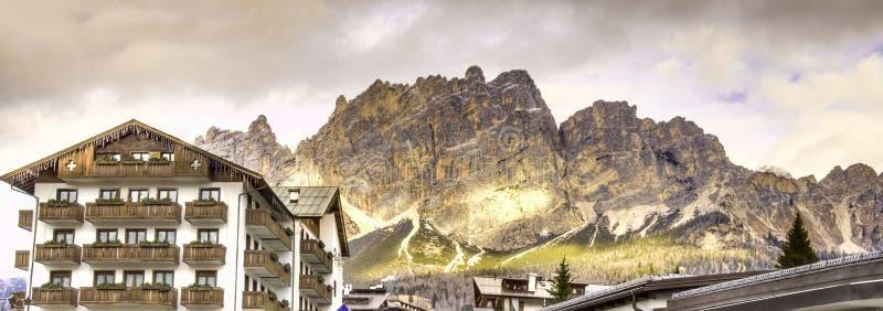 Cortina Ampezzo Dolomites panoramique - l'Italie photo stock