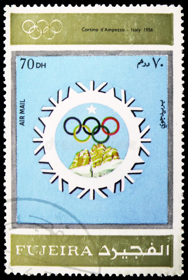 Cortina d'Ampezzo 1956, olimpiadi invernali 1924-1972, annuncianti il serie dei manifesti, circa 1972 immagine stock libera da diritti