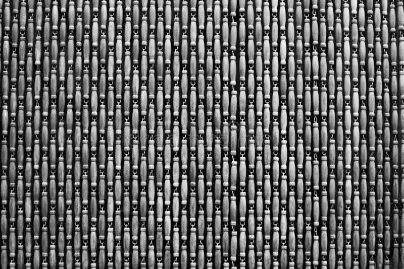 Cortina de madera en la entrada en blanco y negro fotografía de archivo libre de regalías