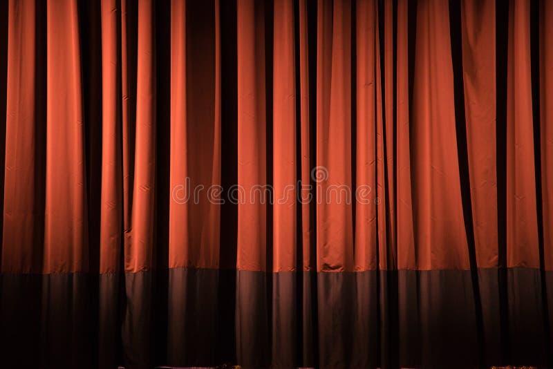 Cortina roja del teatro fotos de archivo libres de regalías