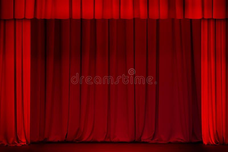 Cortina vermelha na fase do teatro ou do cinema aberta fotos de stock